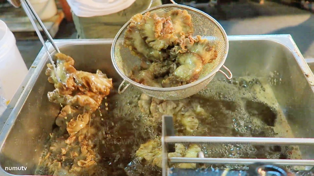 Philippines Street Food in CHINATOWN Walk   Best Place to Eat Street Food in Manila